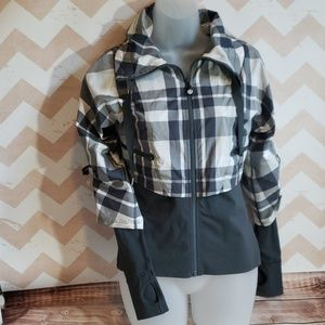 Lululemon Seek the Peak jacket